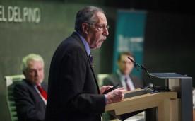 """La Fundación organiza la conferencia magistral """"Paro y Deuda"""" con Peter Diamond  (galardonado con el Premio Nobel de Economía en 2010, junto a Dale T. Mortensen y Christopher A. Pissarides por sus estudios acerca de la influencia de la normativa y la política sobre el desempleo, los salarios y las bajas laborales). En Madrid el 21 de marzo de 2013"""