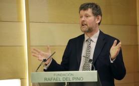 """La Fundación Rafael del Pino organiza la conferencia magistral de Philip Coggan """"Promesas de Papel: el dinero, la deuda y un nuevo paradigma financiero"""", en Madrid el 16 de abril de 2013."""