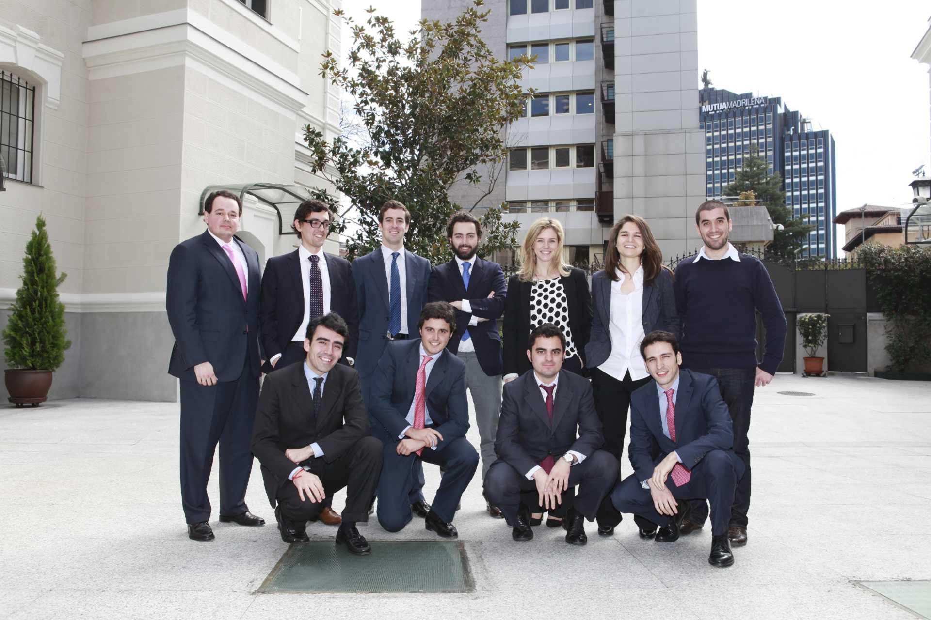 La Fundación Rafael del Pino reúne a sus becarios el día 12 de Marzo de 2013 en Madrid.