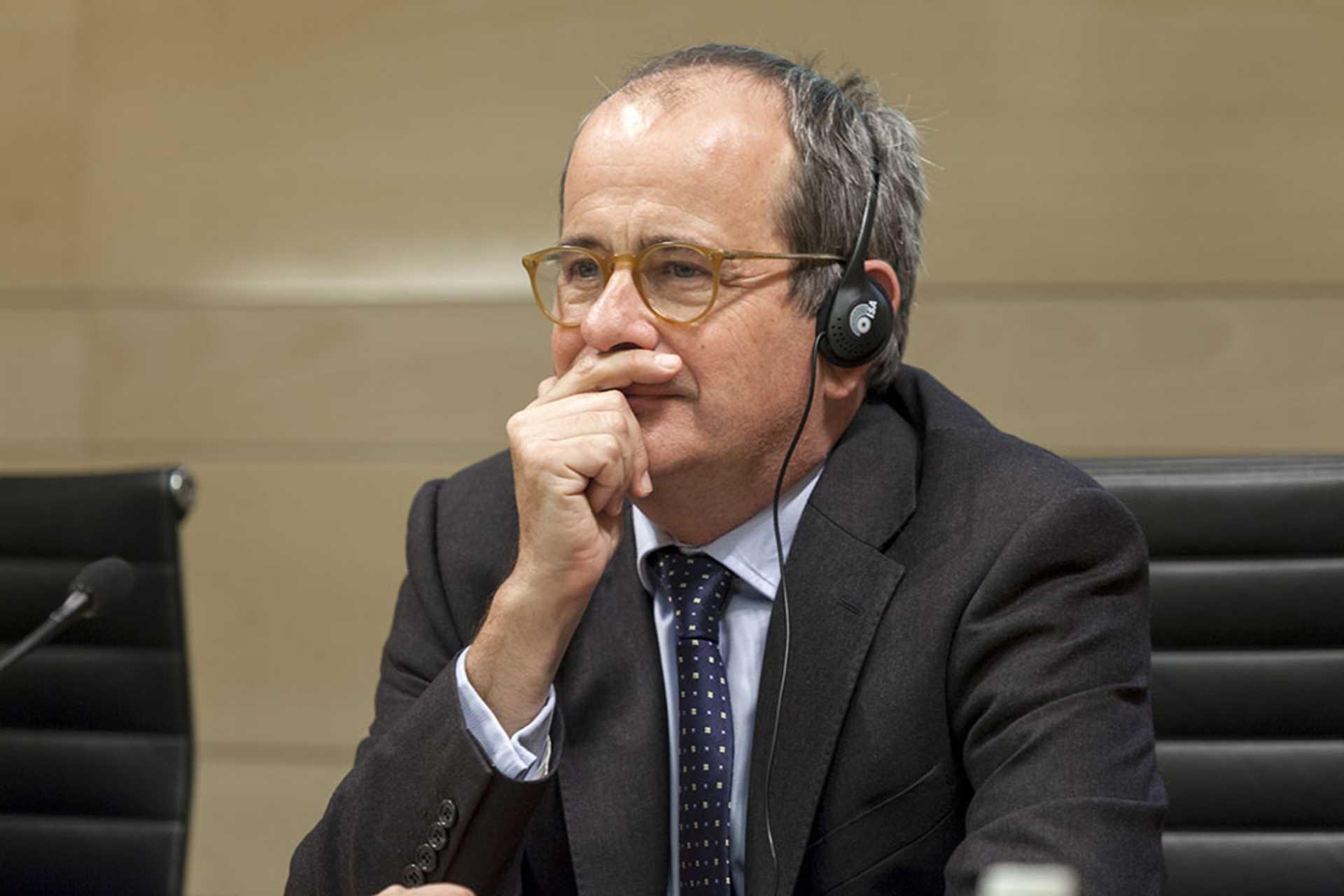 """La Fundación Rafael del Pino organiza las jornadas """"How the world poors are educating themselves"""" con James Tooley. En Madrid 23 de Octubre de 2013"""