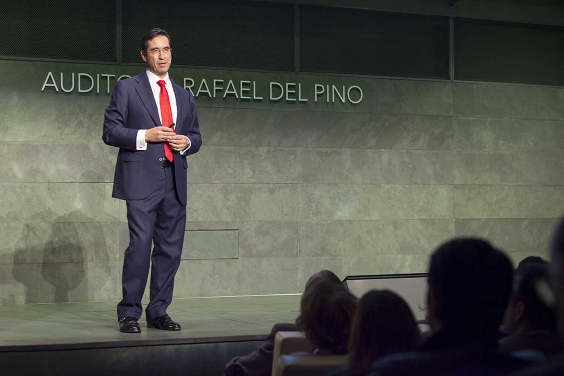 """La Fundación Rafael del Pino celebra la publicación del libro del doctor Mario Alonso """"El Cociente Agallas"""", en Madrid el 11 de Diciembre de 2013."""