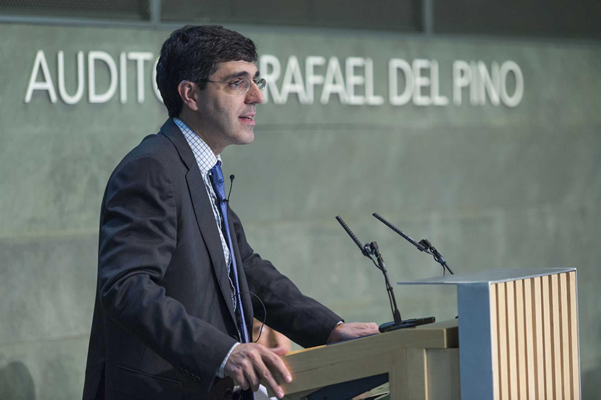 """La Fundación Rafael del Pino organiza  la Conferencia Magistral de Jesús Fernández Villaverde """"el cambio que España necesita: lecciones del barómetro de los círculos"""". En Madrid el 5 de junio de 2014. DSG"""