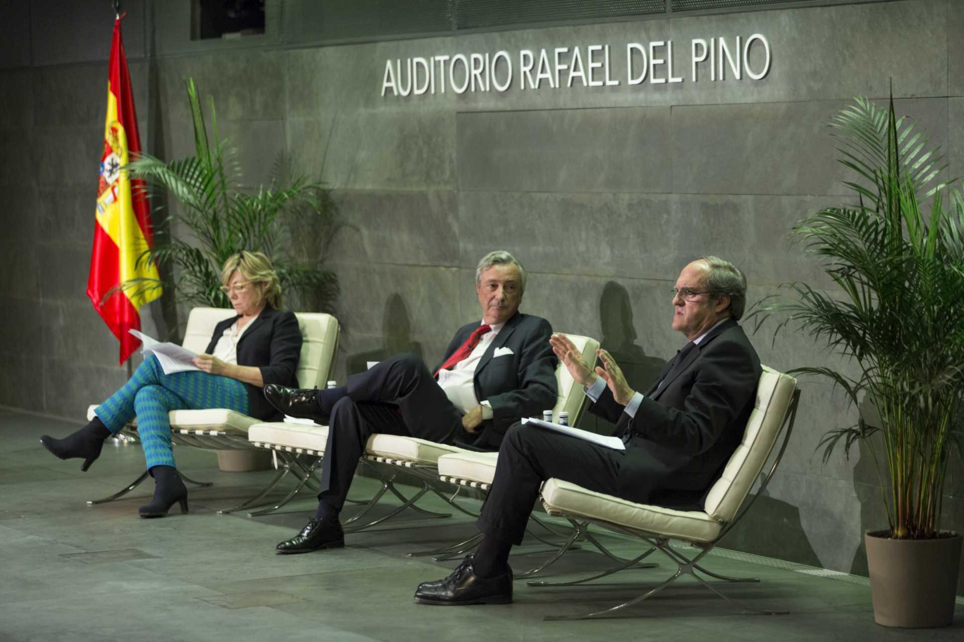 """La Fundación Rafael del Pino acoge la conferencia de clausura del ciclo:  """"Educación, Tema de Estado"""". Con Pilar del Castillo, Ángel Gabilondo,  y Jorge Dezcallar  moderando. En Madrid ,27 de octubre de 2014."""