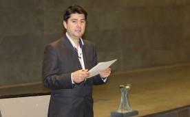 La Asociación de Becarios de la Rundación Rafael del Pino otorga el premio Liderazgo Joven 2013 a Javier García. En Madrid el 27 de noviembre de 2014. DS